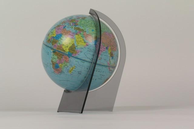 Globus Erde klein