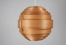 Deckenleuchte Holzlamellen